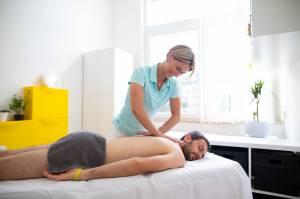 Diagnostika a terapie měkkých tkání a mobilizační techniky páteře a periferních kloubů